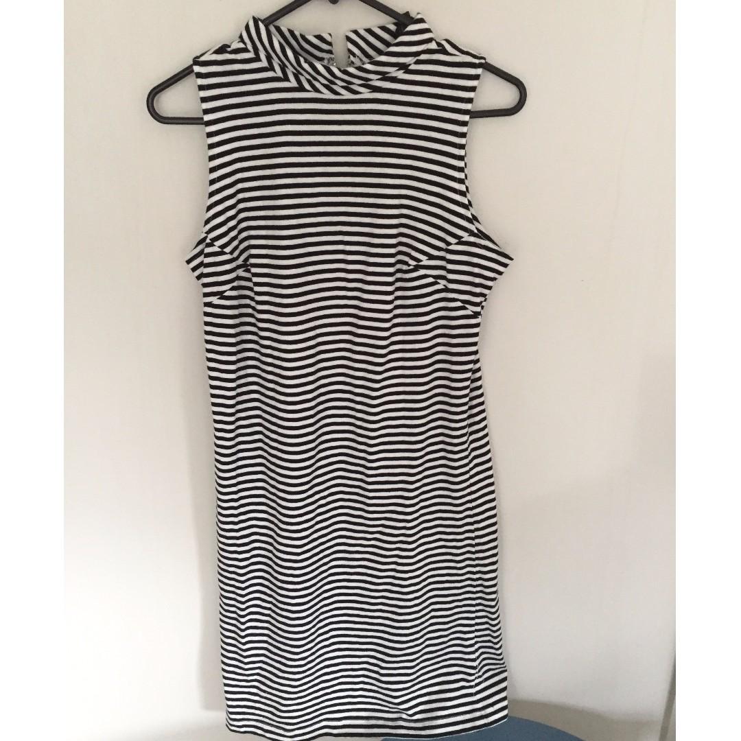 pop england striped dress (size s)