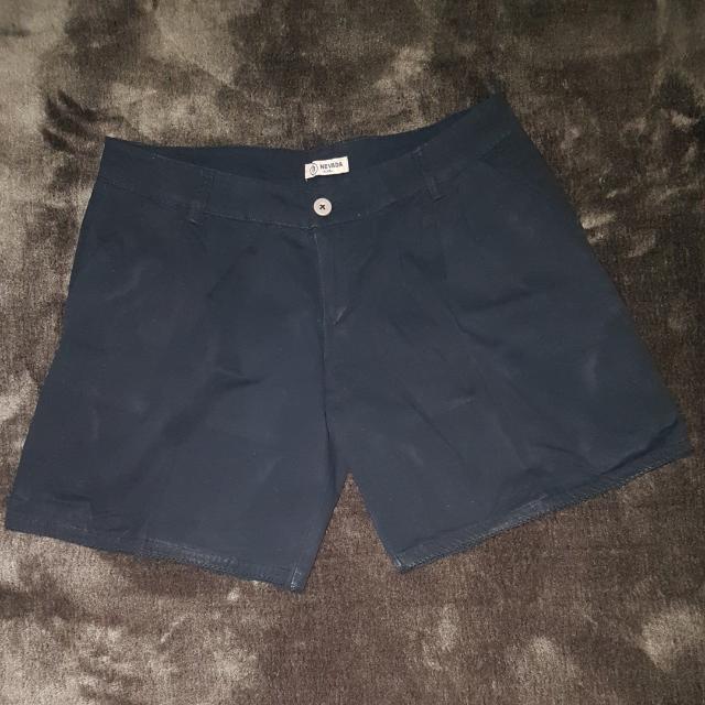 Preloved NEVADA Short Pants