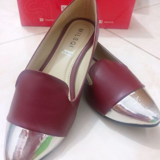 Red Silver Flat Shoes