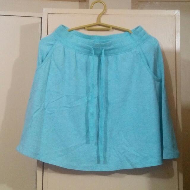 Uniqlo Skirt (turquoise)