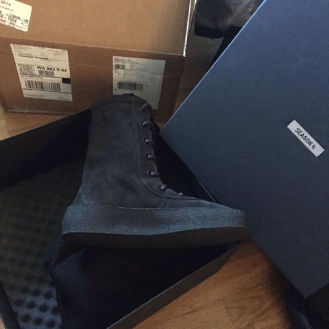 9d21192c472 Yeezy Season 4 Crepe Boots Oil
