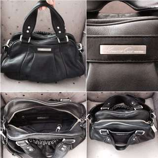 Authentic Kenneth Cole Genuine Leather Bag