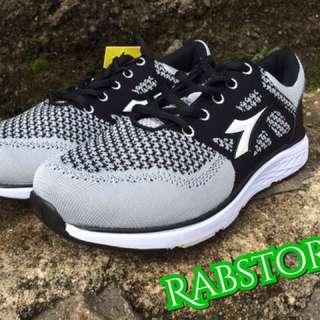 Sepatu Diadora Original Beagio Black Grey