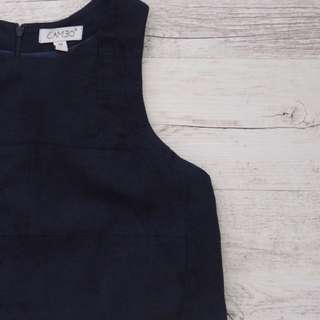 Cameo navy crop