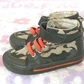 Old Nav男童迷彩高筒帆布鞋日本尺寸7號台灣尺寸15號