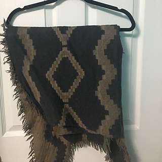 Wilfred Triangle Scarf