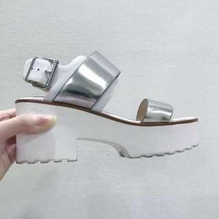 ✨Topshop Authentic Ninja Strap Mid Heel Sandals