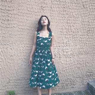 百搭複古花朵方領吊帶長裙