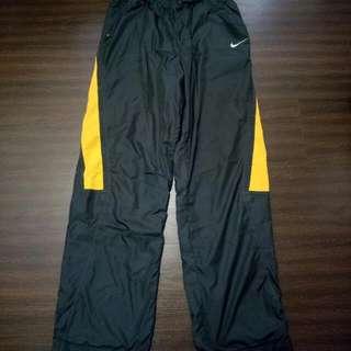 Nike防風長褲(大童穿)