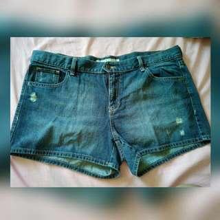 Old Navy Shorts Size 16 (Plus Size)
