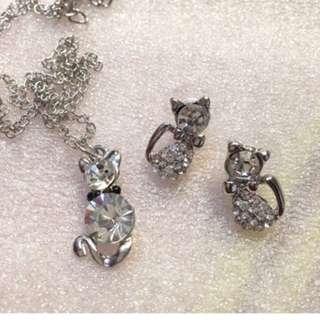 Set Kalung Dan Anting Kucing Silver Full Body