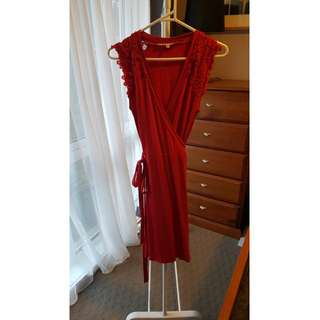 Review Red Wrap Dress Size 6
