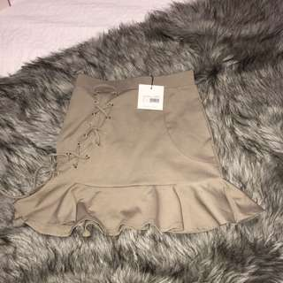 Frill Hem Eyelet Mini Skirt Size 6