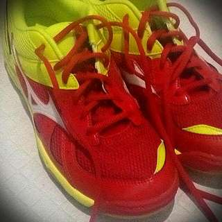 Mizuno Badminton Shoes Size 8