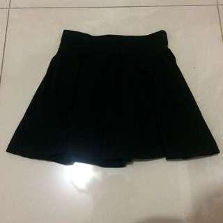 學院風黑短裙