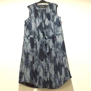 GAP Sleeveless Drawstring Dress