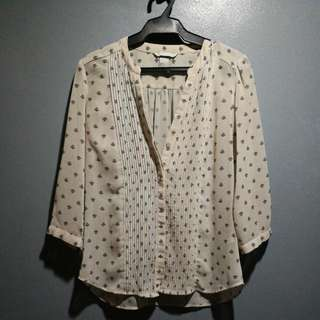 H&M 3/4 sleeves chiffon buttoned down blouse