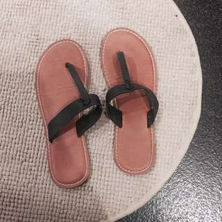 Abercrombie And Fitch T Bar Sandals