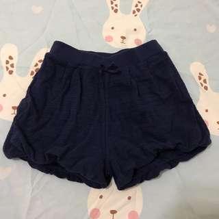 🚚 Uniqlo baby 深藍色燈籠短褲