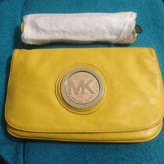 MK slingbag