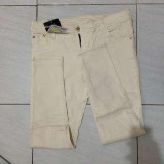 Celana Jeans (3)