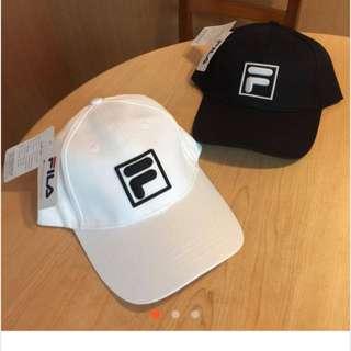 Fila黑色老帽彎帽