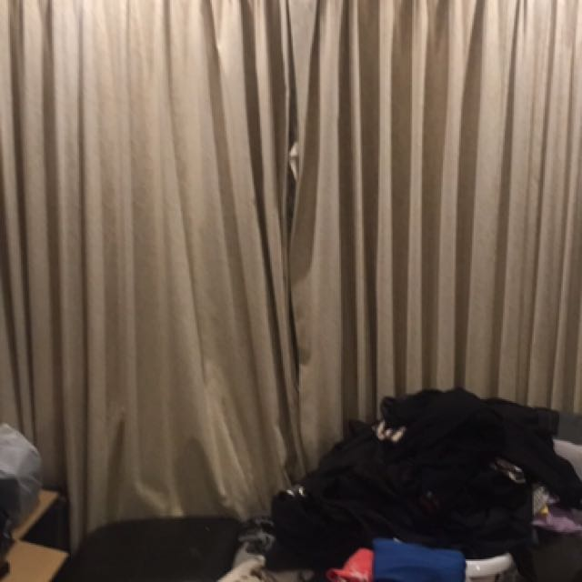 9 Sets Of Curtains