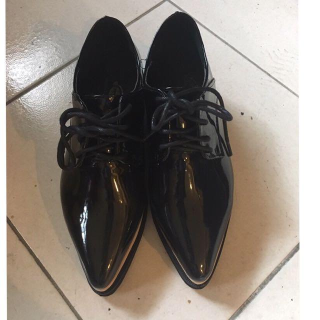 二手*黑色尖頭厚底牛津鞋