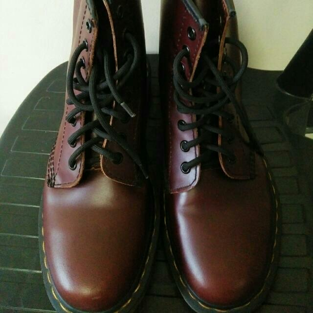 Authentic DR. MARTENS (Maroon)