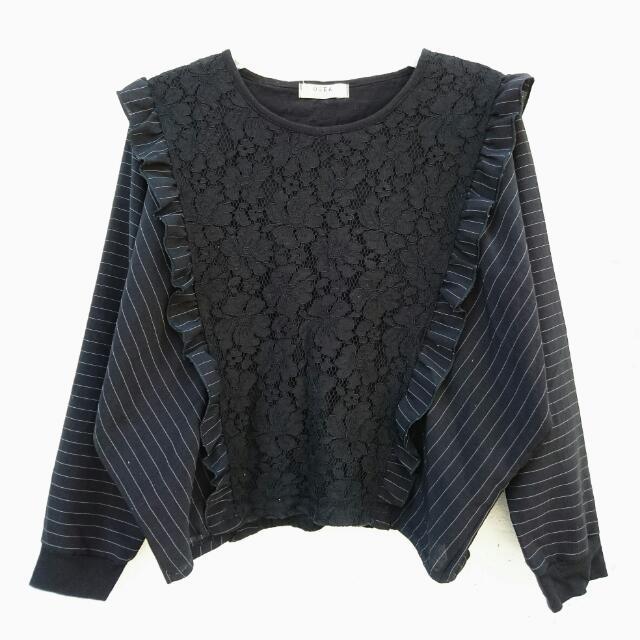 Black Striped Laced Batwing Sweatshirt