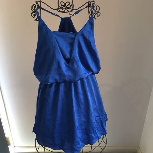Blue Dress With Cut Out At The Front
