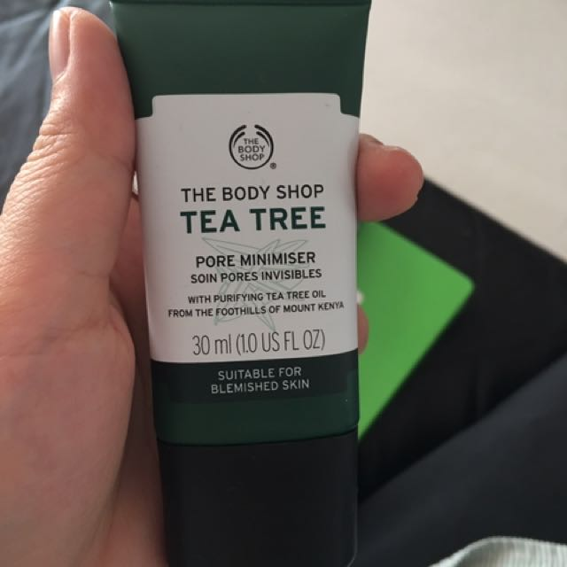 Body Shop Tea Tree Pore Minimiser