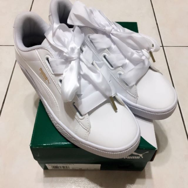 newest f2ce0 5a018 Brand New Authentic Basket Heart Patent Wn's Puma White-Puma!