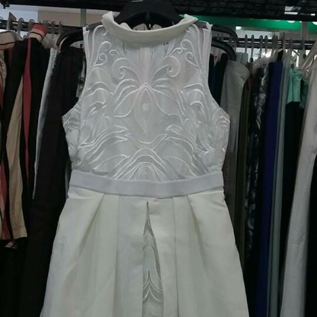 Dress Pesta Merk Eva Mendes