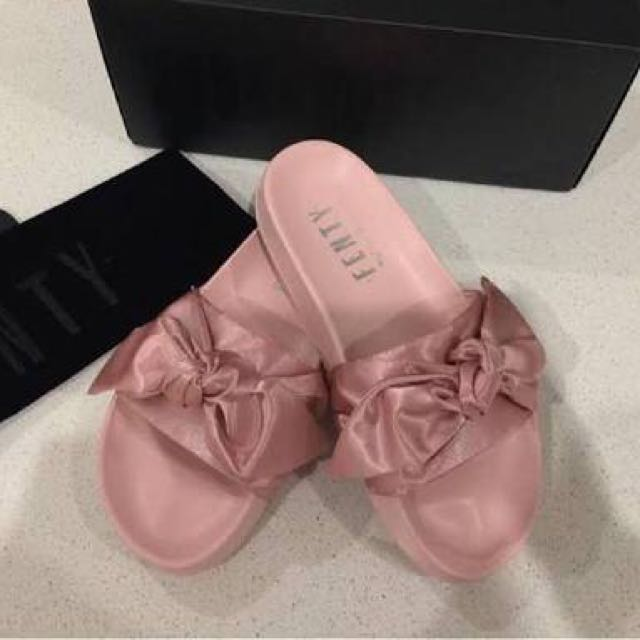 Fenty Puma Slides Pink