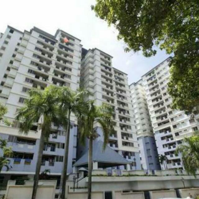 Middle Room For Rent In UNIVERSITY TOWER(sharing Basis) 6464cb615ded6