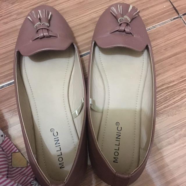 Mollinic tan flatshoes