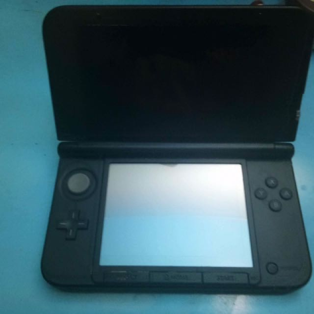 Nintendo 3DS XL (Pre-owned)