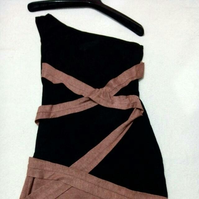 One Soulder Dress