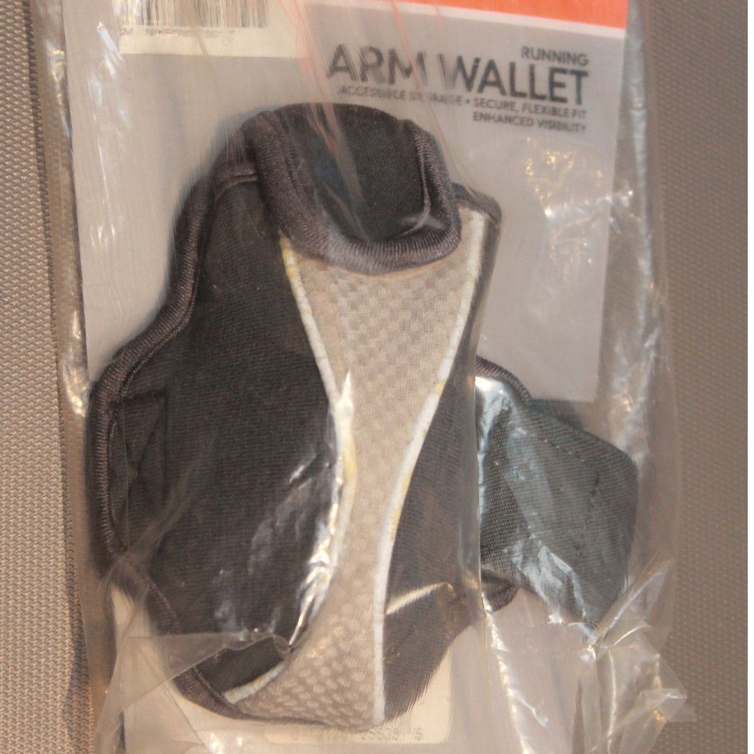 Original NIKE sports arm wallet (arm band)