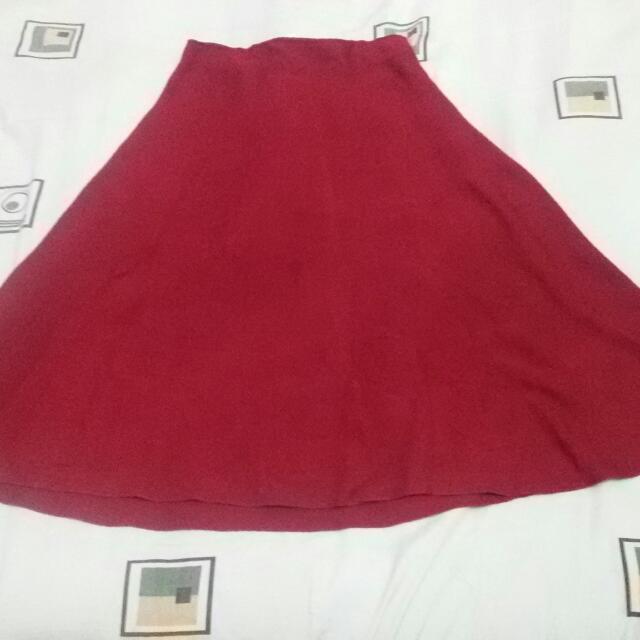 Rok Merah Bahan Kodoroi