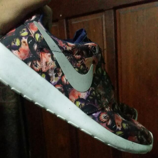 Roshe Run Size 8.5