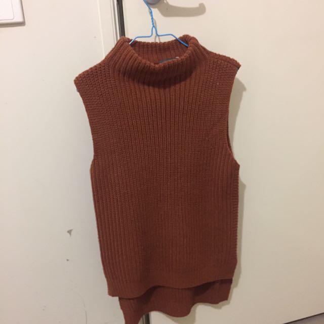 Sheike Sleeveless Sweater