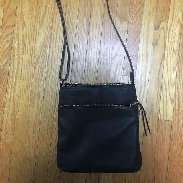 Simons Cross Body Purse