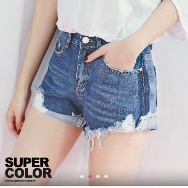 降⚡️Supercolor 夏天必備⚡️牛仔短褲