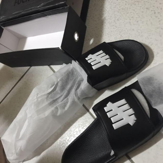 Und拖鞋