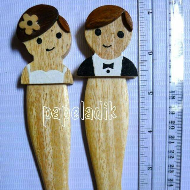 Wooden Letter Openers - Bride and Groom