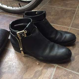 Black Ankle Boots (41)