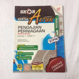Pen. Perniagaan STPM Peng.1 Workbook