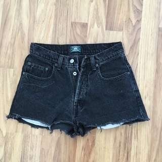 Roots High Waisted Jean Shorts Size 28